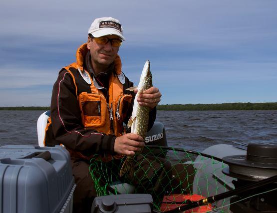 как работать рыбаком