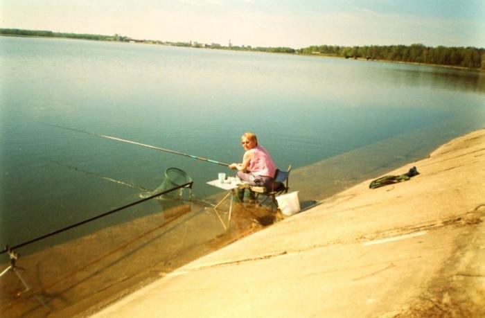 весенняя рыбалка на озере сенеж