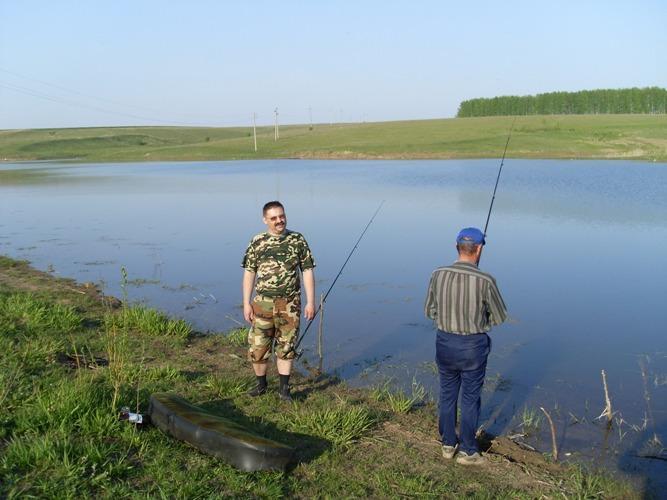 папа принес с рыбалки 12 рыб